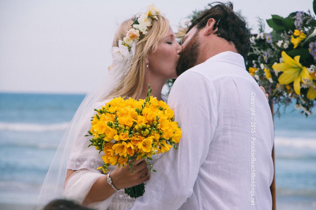 Kelli Giddish Amp Lawrence Faulborn Beach Wedding 6 20 15