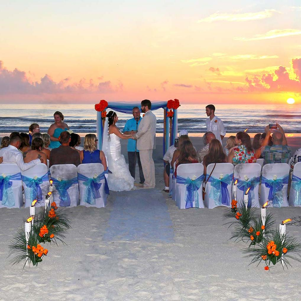 93168f176 Sunrise or Sunset What Time Should my Beach Wedding Start